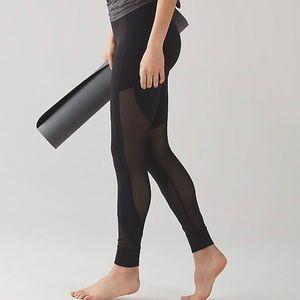 Lululemon hot like Agni pant. Black. Size 10.